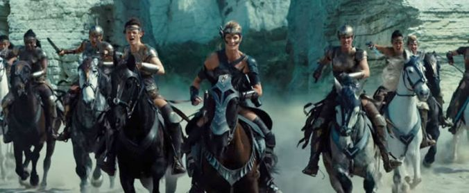 gallery-1489058413-wonder-woman-amazons-on-horseback-robin-wright
